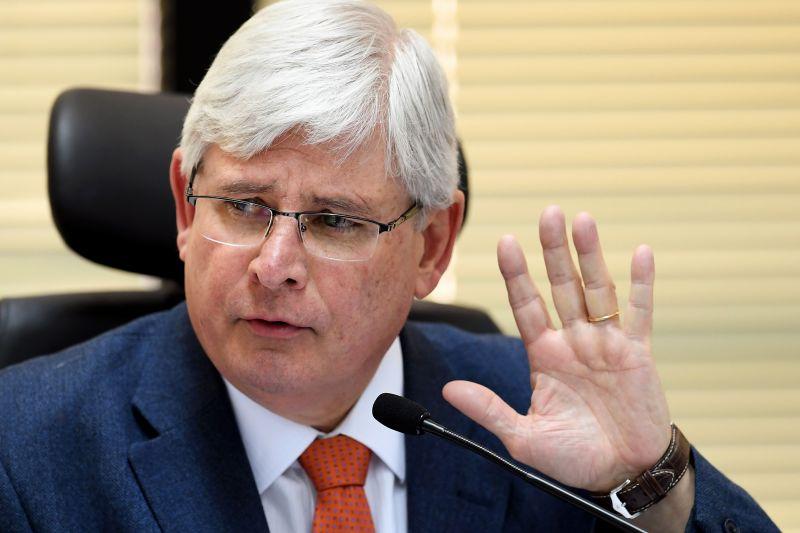 Janot entra com ação no STF contra dispositivos da reforma trabalhista